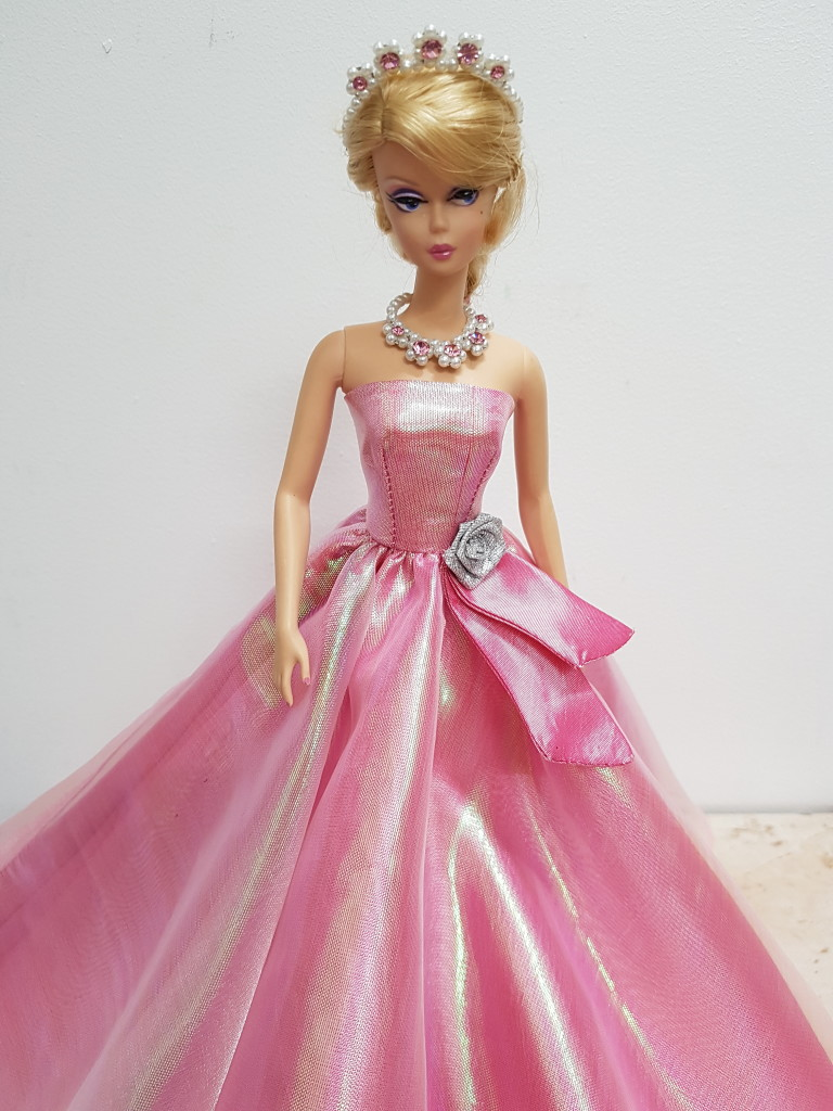 Evening dresses for Barbie dolls Archives - Hillegonda\'s Doll Boutique