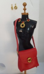 Handbag and jewelry set