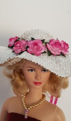 White burlap hat with pink flowers