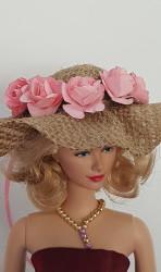 Burlap hat with apricot colour flowers