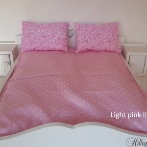 Bedding for Barbie's double bed