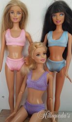 Bra and panty set for Barbie dolls – various colours