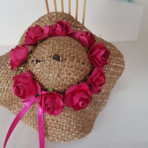 Burlap hat with cerise pink roses