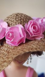 Burlap hat with pink roses