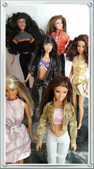 Casual wear for Barbie dolls